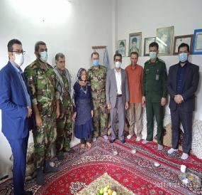 به مناسبت گرامیداشت هفته دفاع مقدس دیدار با تنی چند از خانواده های معزز شهدا و جانبازان گرانقدر شهر دابودشت   برگزار گردید