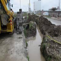 باز سازی دیوار کانال آب واقع در خیابان ولیعصر (ع)