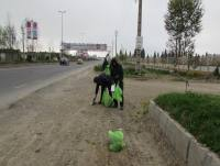 پاکسازی حاشیه محورآمل به بابل و خیابان ولیعصر در شهردابودشت به مناسبت هفته هوای پاک