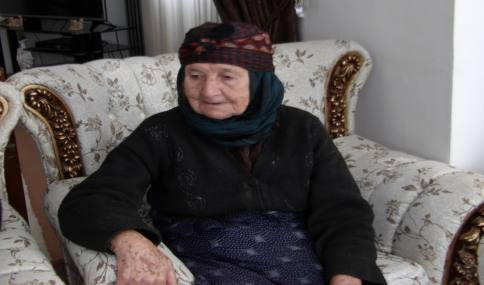 دیدار با مادر شهید سید علی اکبر حسینی ارجمندی در شهر دابودشت