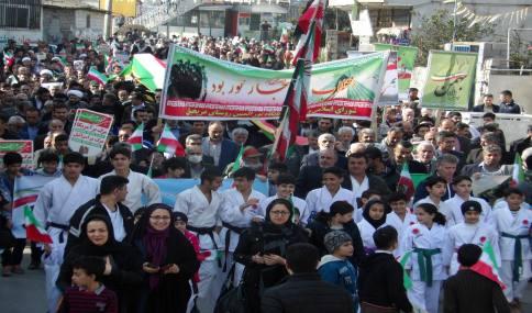 راهپیمایی باشکوه 22 بهمن در شهر دابودشت به روایت تصویر 1
