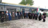 تجلیل از معلمان مدارس  راهنمایی و ابتدایی شهید فاضلی بمناسبت هفته معلم در شهر دابودشت